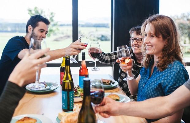 Kiwi Wine Company Donating 100% of proceeds